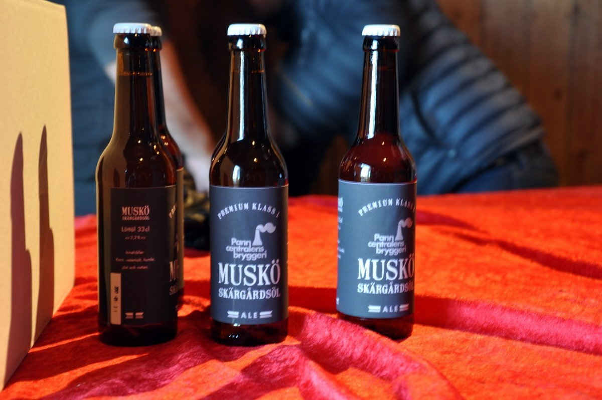 Muskö-ölet tog slut. Första Musköölet (vad vi vet) var en Ale. Vi hoppas på fler sorter - och starkare... ;) Foto: Bengt Grönkvist