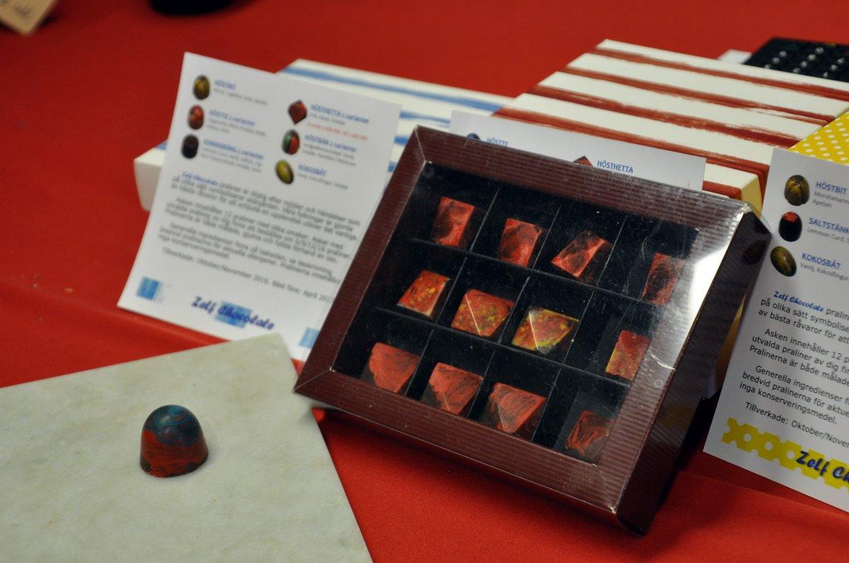 Lage Öhlunds chokladpraliner fanns också på plats. Foto: Bengt Grönkvist