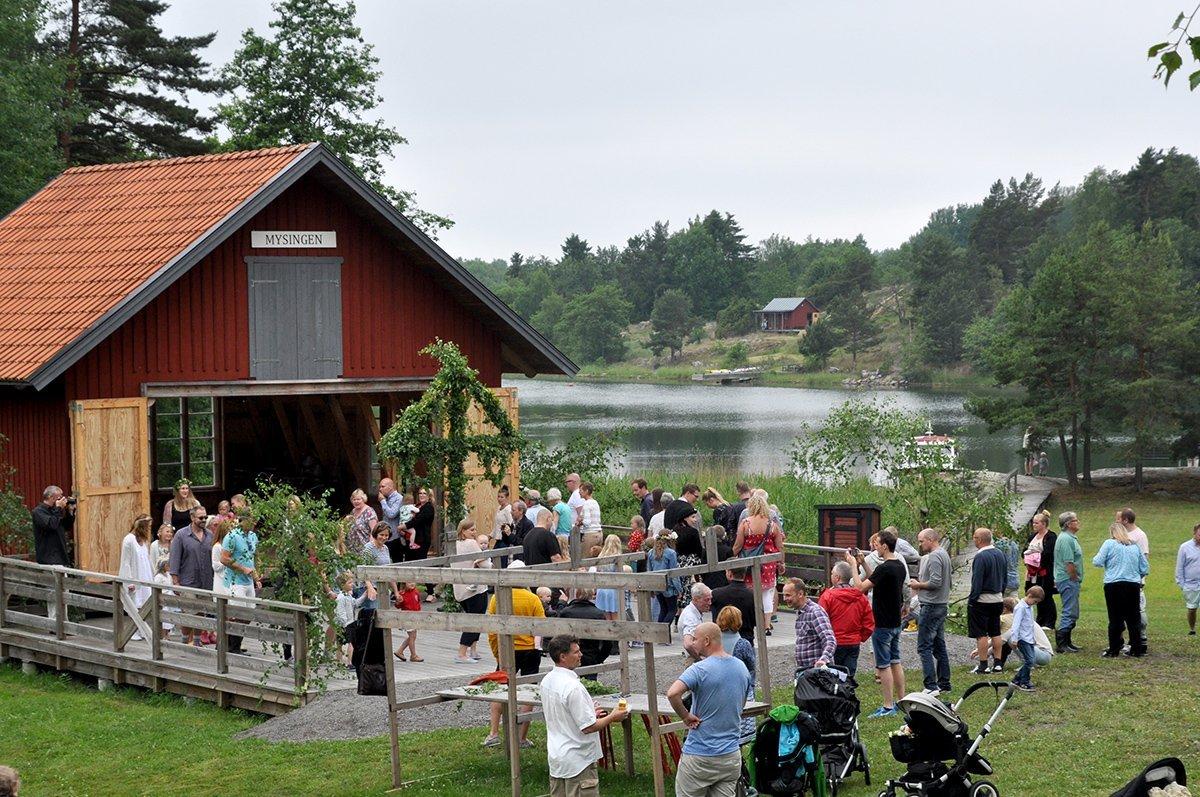 Midsommar på Grytholmen. Foto: Bengt Grönkvist