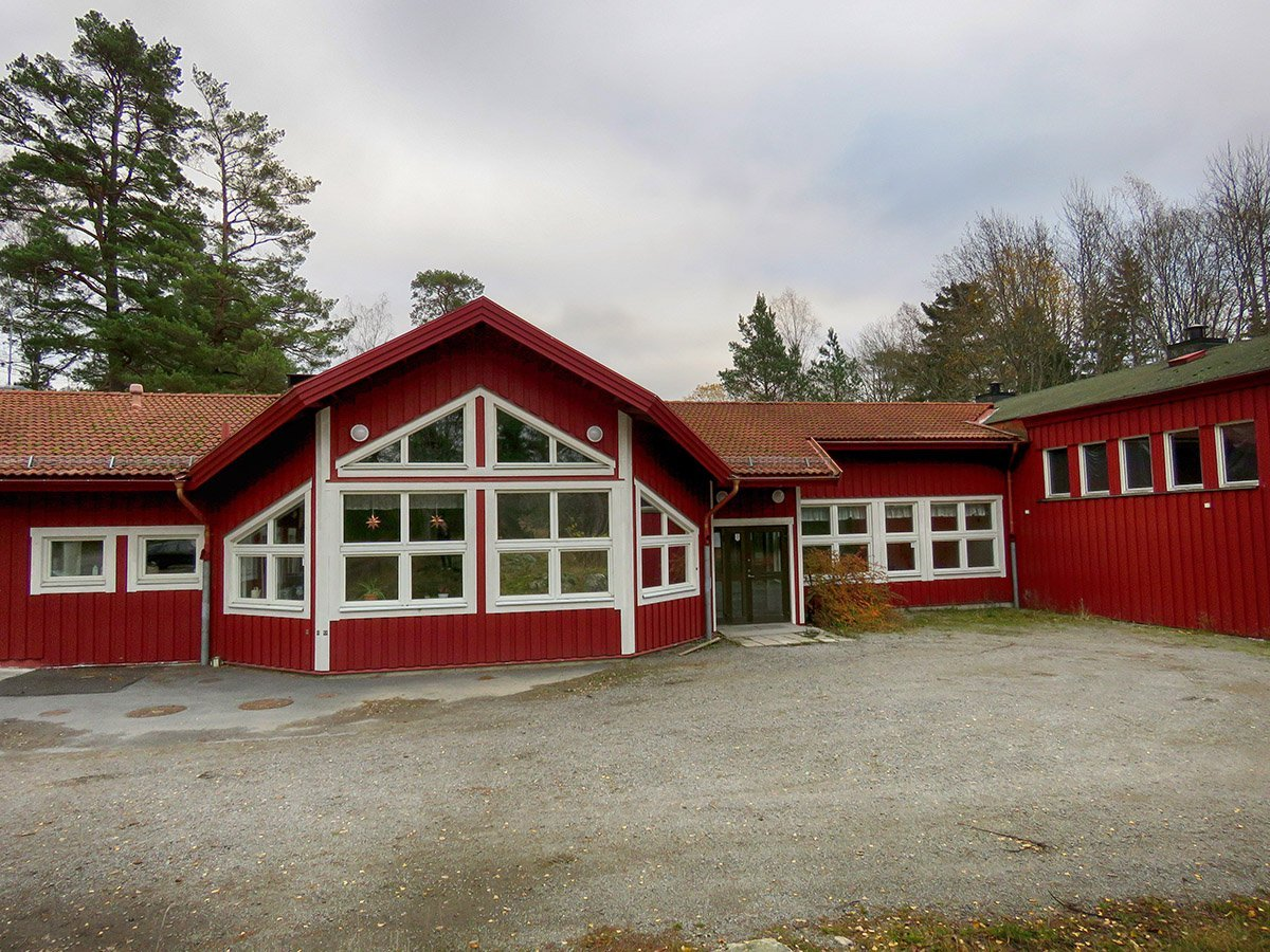 Muskö bygdegård är idag delvis skolans fritids och matsal/kök. Här vill man nu bygga en samlingslokal för öbor i alla åldrar. Foto: Bengt Grönkvist